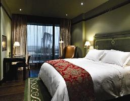 Hotel Castillo De Gorraiz Golf Spa