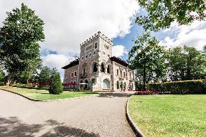 Hotel Domus Selecta Castillo Bosque De La Zoreda