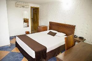 Hotel Porton De La 10